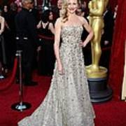 Cameron Diaz Wearing An Oscar De La Print by Everett