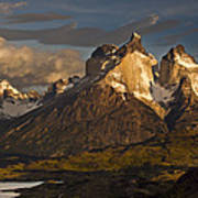 Cuernos Del Paine And Lago Pehoe Art Print