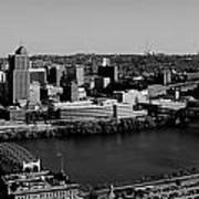 Pittsburgh In Black And White Art Print
