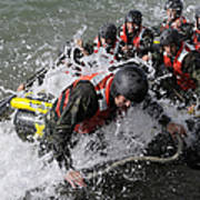 Students In Basic Underwater Print by Stocktrek Images