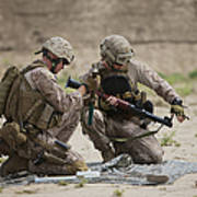 U.s. Marines Prepare A Fragmentation Art Print