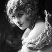 Pearl White (1889-1938) Art Print