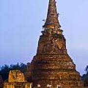 Stupa Chedi Of A Wat In Ayutthaya Thailand Art Print