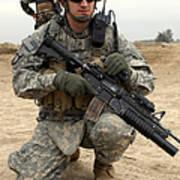 U.s. Army Sergeant Provides Security Art Print