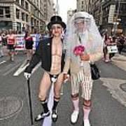 Gay Pride Couples Nyc 2011 Art Print