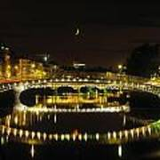Hapenny Bridge, River Liffey, Dublin Art Print