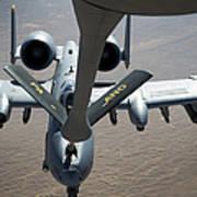 A Boom Operator Refuels An A-10 Art Print by Stocktrek Images