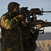 Afghan National Army Commandos Aim Art Print