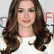 Anne Hathaway At Arrivals For Afi Fest Art Print