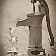 Antique Hand Water Pump Art Print