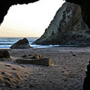 Beach Cave At Bandon Oregon Art Print