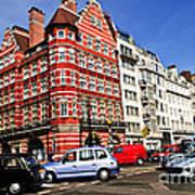 Busy Street Corner In London Art Print