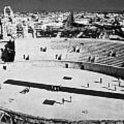 distant straight roman road leading through el Djem towards tourists the old roman colloseum arena Art Print