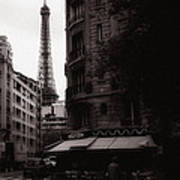 Eiffel Tower Black And White 2 Art Print