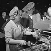 Eleanor Roosevelt Talking With Woman Art Print