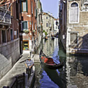 Even A Gondolier Has To Take A Break Art Print