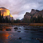 Evening Sun Lights Up El Capitan Art Print
