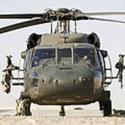 Front View Of A Uh-60l Black Hawk Art Print by Terry Moore