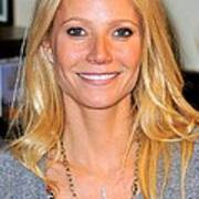 Gwyneth Paltrow At In-store Appearance Art Print by Everett