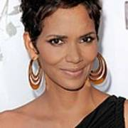 Halle Berry At Arrivals For 2011 Annual Art Print by Everett