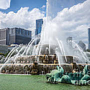 Hdr Picture Of Buckingham Fountain And Chicago Skyline Art Print