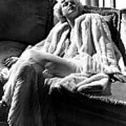 Jean Harlow In A White Gown And White Art Print