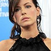 Kate Beckinsale At The Press Conference Art Print by Everett