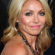 Kelly Ripa At Arrivals For Cop Out Art Print by Everett