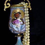 Lady Vase And Pearls Art Print