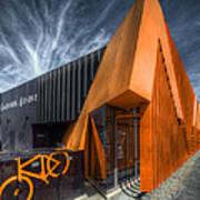 L'orange Facade Art Print
