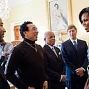 Michelle Obama Greets John Legend Art Print