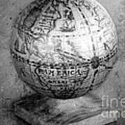 Old Globe In Black And White Art Print