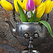 Old Tea Pot And Tulips Print by Garry Gay