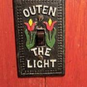 Outen The Light Art Print