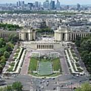 Palais De Chaillot And Trocadero Fountains Art Print