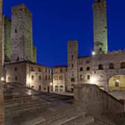 Piazza Duomo At Dusk Print by Rob Tilley