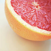 Pink Grapefruit Art Print by Dhmig Photography
