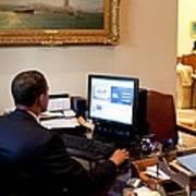 President Barack Obama Tests The New Art Print by Everett