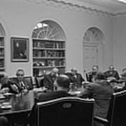 President Lyndon Johnson Meets With The Art Print by Everett