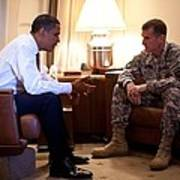 President Obama Meets With Army Gen Art Print