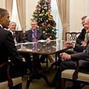 President Obama Talks With Former Art Print
