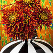 Red Mums In Striped Vase Art Print by Garry Gay