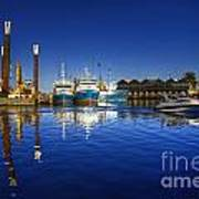 Reflections At Freemantle Art Print