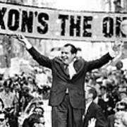 Richard Nixon, Delivering His The V Print by Everett