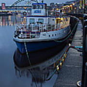 River Tyne Cruise Ship Art Print