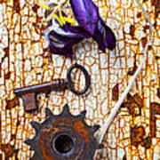 Rusty Key And Gear Art Print