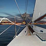 Sailing In The Bay Art Print