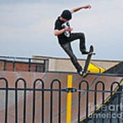 Skateboarding Ix Art Print