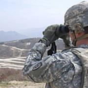 Soldier Observes An Adjust Fire Mission Art Print
