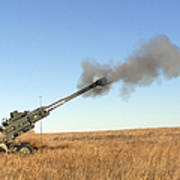 Soldiers Fire A 155mm M777 Lightweight Art Print